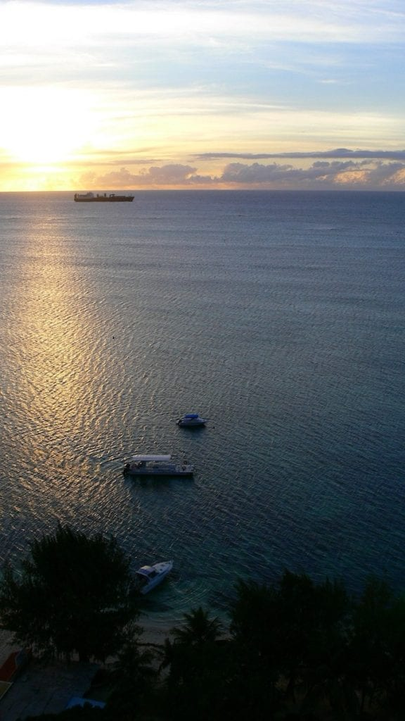 Saipan Island Beach [Northern Mariana Islands Slot Machine Casino Gambling in 2020]