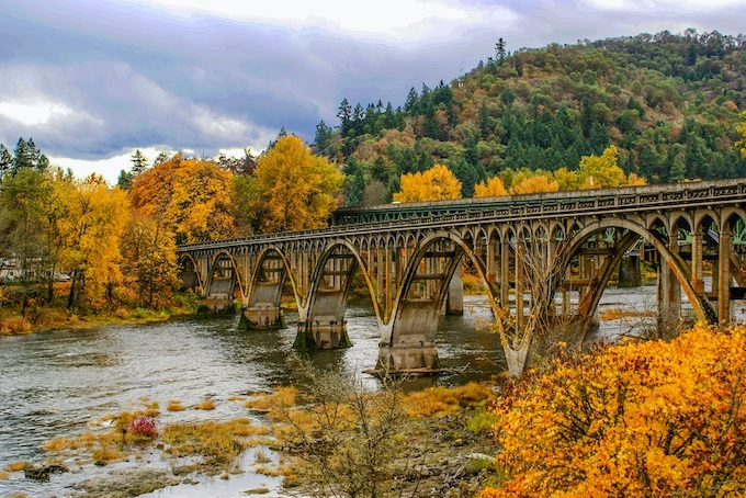 Railroad Bridges in the Fall [Oregon Slot Machine Casino Gambling in 2020]