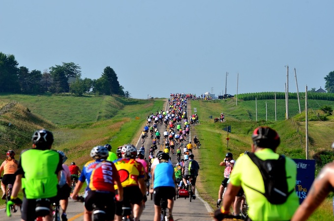 Register's Annual Great Bicycle Ride Across Iowa (RAGBRAI) [Iowa Slot Machine Casino Gambling in 2019]