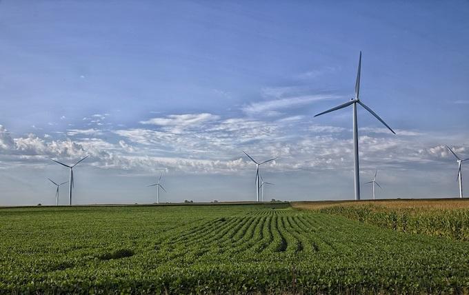 Missouri Farmland Wind Turbines [Missouri Slot Machine Casino Gambling in 2020]