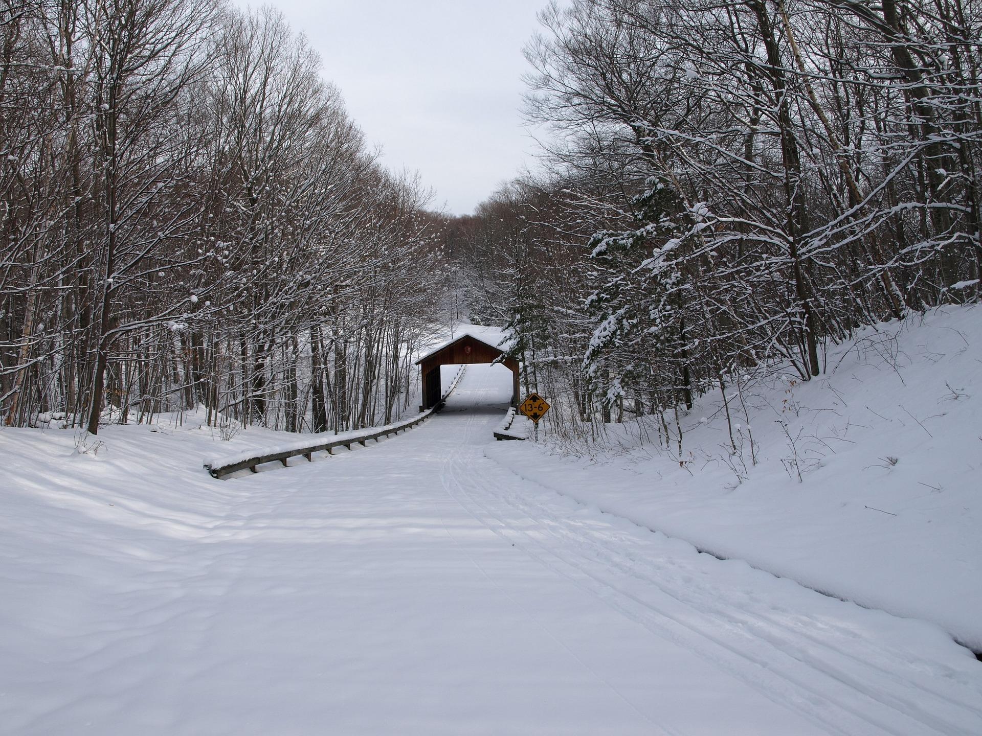 Michigan's winter wonderland and Michigan Slot Machine Casino Gambling.