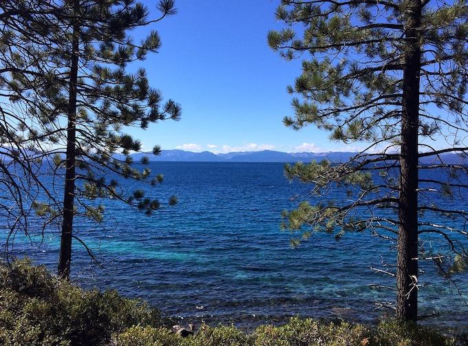 Nevada Slot Machine Casino Gambling: Lake Tahoe.