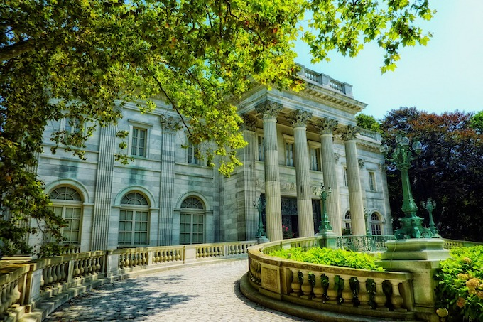 Rhode Island Slot Machine Casino Gambling 2018: The Marble House.