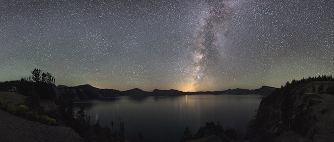 Oregon Slot Machine Casino Gambling 2018: Crater Lake at night under the Milky Way.