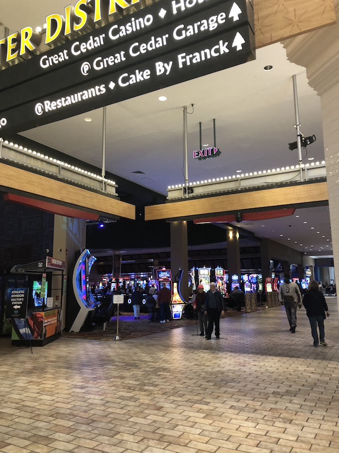 Easily Win a Little at Slots at Foxwoods Casino Connecticut.
