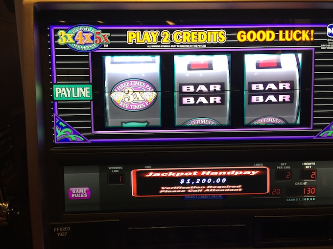 $1,200 Jackpot (3 Easy High Roller Slots Tricks)