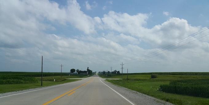 Wide Open Roads to the Horizon [Iowa Slot Machine Casino Gambling 2018]