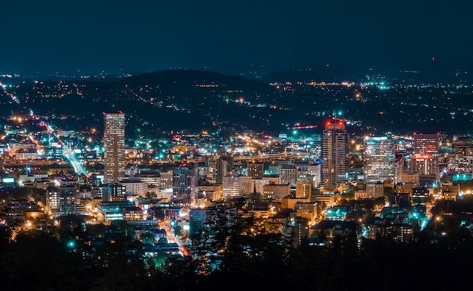 Night View of Portland [Oregon Slot Machine Casino Gambling 2019]
