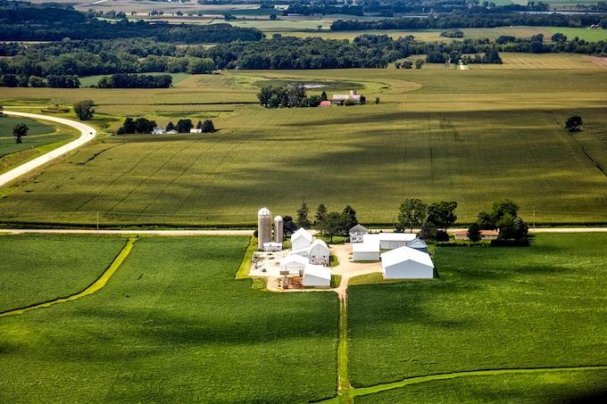 Wide Open Wisconsin Farmland [Wisconsin Slot Machine Casino Gambling in 2019]