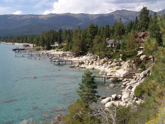 North Shore of Lake Tahoe [Nevada Slot Machine Casino Gambling in 2020]