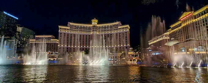 Bellagio and its Fountains [Nevada Slot Machine Casino Gambling in 2020]