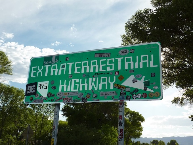 Nevada's Extraterrestrial Highway [Nevada Slot Machine Casino Gambling in 2020]