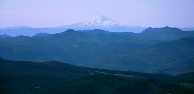 Mountain Range with Mt. Hood [Washington Slot Machine Casino Gambling in 2020]