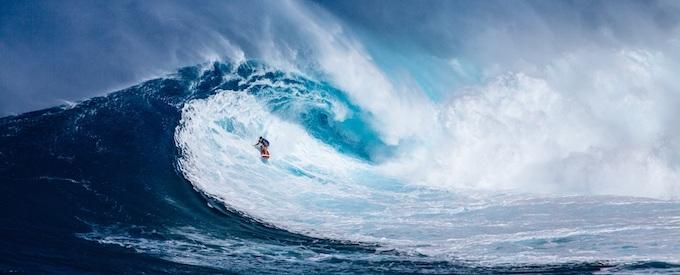Surfing a Big Wave [Hawaii Slot Machine Casino Gambling in 2021]