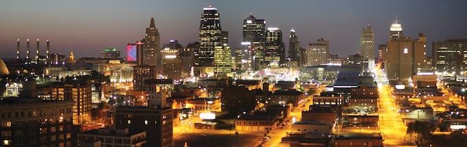 Kansas City Skyline [Kansas Slot Machine Casino Gambling in 2021]