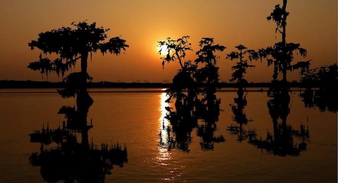 Sunset on the Bayou [Louisiana Slot Machine Casino Gambling in 2021]